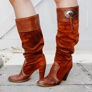 Vintage slouchy brownish red suede boots
